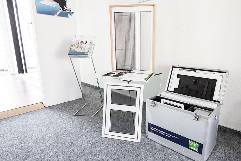 Lutz Insektenschutz Ausstellung Holzhaustüren