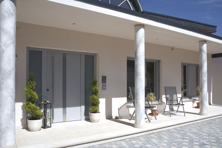 Lutz Niveau Holz-Aluminium-Haustüren Modellreihe RoyalClassic